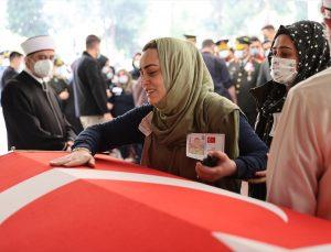 Pençe-Yıldırım Operasyonu'nda şehit düşen Müslüm Toprak, İstanbul'da son yolculuğuna uğurlandı
