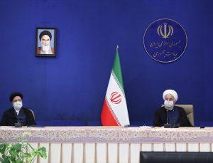 """Ruhani: """"Amerikalıların nükleer anlaşmayı ihlal eden tüm yaptırımları kaldırmaktan başka seçeneği yok"""""""