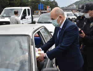 Samsun Valisi Dağlı trafik denetimine katıldı: