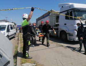 Samsun'da minibüsün çarptığı çift yaralandı