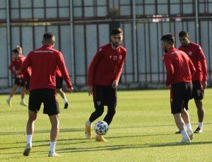 """Samsunspor Teknik Direktörü Sağlam: """"Süper Lig hayalimizi 26 Mayıs'ta sonlandırmak istiyoruz"""""""