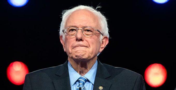 """ABD'de Demokrat Senatör Sanders Senato'ya """"227 Filistinlinin hayatını kaybetmesi trajedi değil mi?"""" diye sordu"""