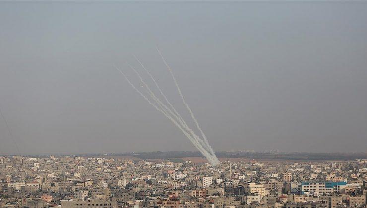 Gazze Şeridi'nden Batı Kudüs ve Beyt Şems kentine 6 roket atıldığı bildirildi.