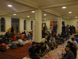 TİKA'dan Afganistan'daki 255 yetim çocuğa iftar