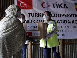 Türkiye'nin Kampala Büyükelçisi Alp, insani yardımlarla Uganda'yı yalnız bırakmadıklarını söyledi
