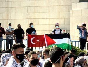 Ürdünlüler, İsrail'in Filistinlilere saldırını protesto etti