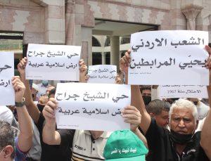 Ürdünlüler, İsrail'in Kudüs'teki Şeyh Cerrah Mahallesi sakinlerini göçe zorlamasını protesto etti