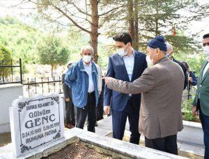 YTB Başkanı Eren, Solingen'deki ırkçı saldırının kurbanlarını mezarları başında andı:
