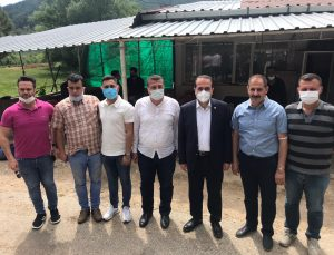 AK Partili Kırkpınar, Ödemiş'te çiftçi ve üreticilerle bir araya geldi