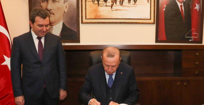 Bergama'nın Serbest Bölge için heyecanla beklediği karar Cumhurbaşkanı Recep Tayyip Erdoğan tarafından onaylandı.