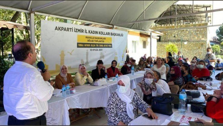 AK Parti İzmir AR-GE Biriminden parti içi eğitim hız kesemeden devam ediyor